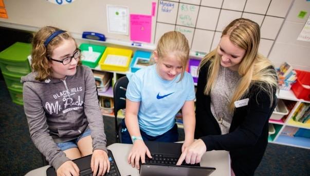 Explore Education Majors   Dakota Wesleyan University