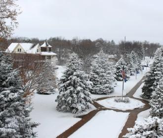 Dakota Wesleyan campus blanketed in snow (2015 image)