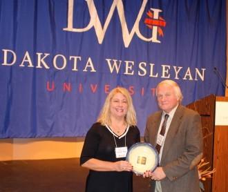 Rhonda and Jeff Hayes accept the McGovern Hunger Ambassador Award